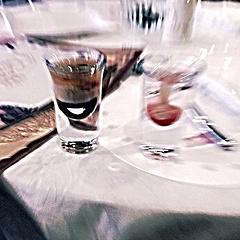 一杯叫轰炸机的酒😤
