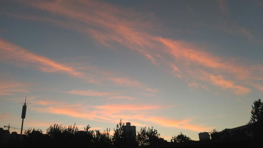 日出而林霏开,云归而岩穴暝